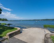 20 Tennis Court Rd, Cove Neck image