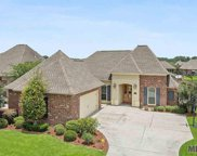 17701 Villa Lake Ave, Greenwell Springs image