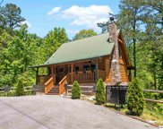 1728 Scenic Woods Way, Sevierville image