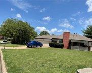 6701 Kingswood Drive, Fort Worth image