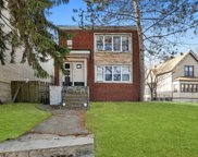 7220 N Ridge Boulevard, Chicago image