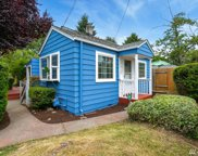 2416 SW 98th St, Seattle image