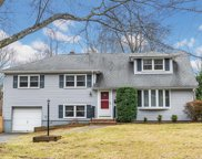 11 KNOLLWOOD RD, Morristown Town image