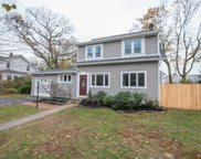 73 Hiawatha Dr, Brightwaters image