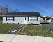 130 Loraine Ave, Pleasantville image