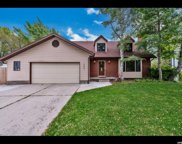 10039 Countrywood Dr, Sandy image