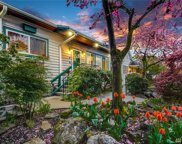725 N 77th St, Seattle image