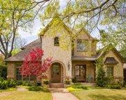 8715 Glencrest Lane, Dallas image