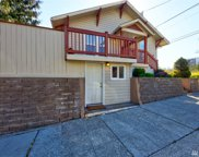 915 N 39th St, Seattle image