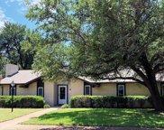6756 Hunters Ridge Drive, Dallas image