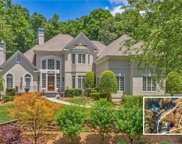 8685 Sentinae Chase Drive, Roswell image