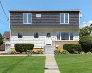 56 Chester  Road, Lynbrook image