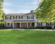 41 Woodland Dr, Oyster Bay Cove image