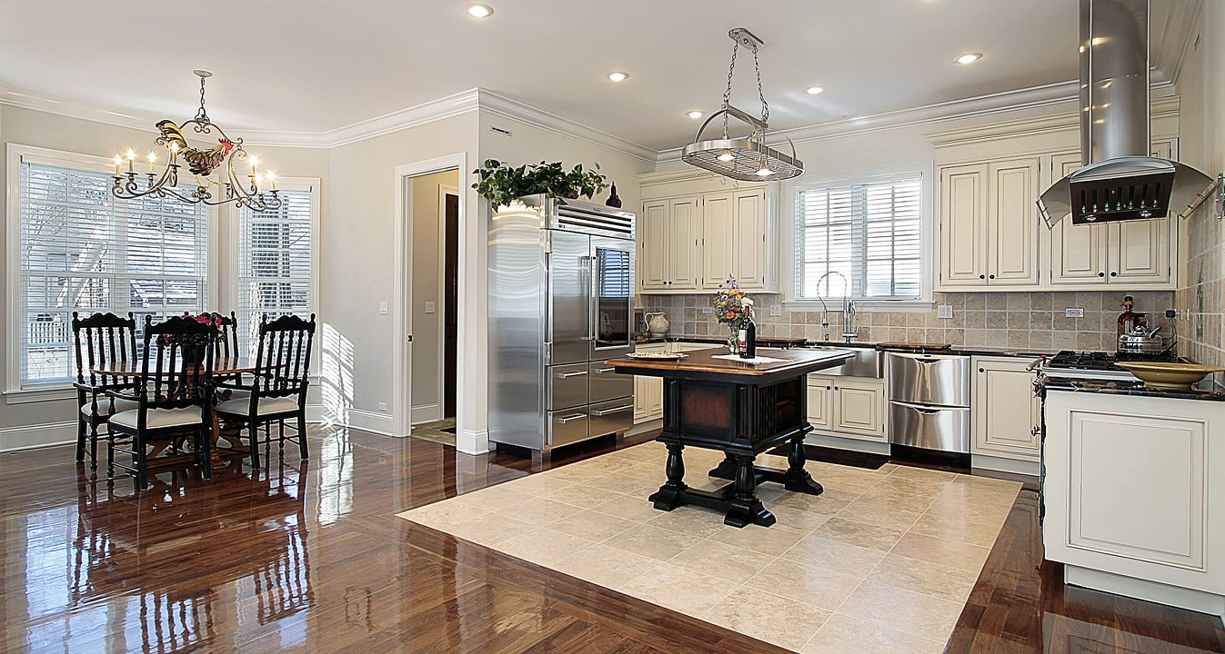 Selling Your Home Linda E. Navarro