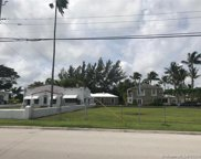 8712 Byron Ave, Surfside image