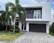9871 Nw 74th Ter, Doral image