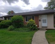 2110 Parliament Dr, Sterling Heights image