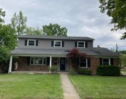1102 Meadowind Court, Springfield Twp. image