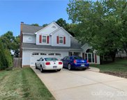 192 Southhaven  Drive, Mooresville image