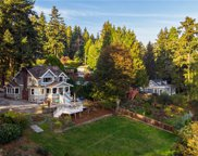 17561 Bothell Wy NE, Lake Forest Park image
