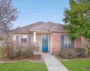 8907 Lake Mist Ave, Baton Rouge image