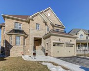 13 Lost Canyon Way, Brampton image