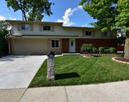 11741 Chattman Dr, Sterling Heights image