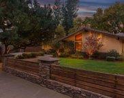 211 Los Nietos, Bakersfield image