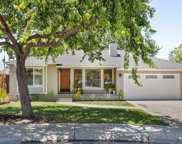 923 6th Ave, Redwood City image