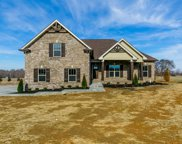 1064 Carrs Creek Blvd, Greenbrier image