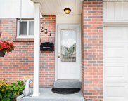 237 Thoms Cres, Newmarket image