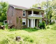 126 New Shackle Island Rd, Hendersonville image