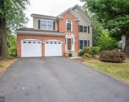 13628 Old Chatwood Pl  Place, Chantilly image