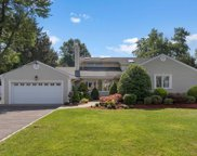 8 Laurence Court, Closter image