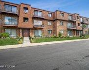 702 Cobblestone Circle Unit #E, Glenview image