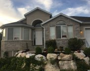 1493 E Lakeview Dr S, Bountiful image