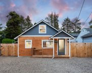 1324 62nd St Sw, Lincoln City image