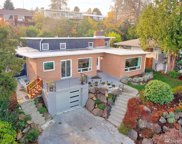 7809 S sunnycrest Rd, Seattle image