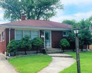 2916 South 11Th Avenue, Broadview image