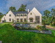 1004 Dogue Hill Ln, Mclean image