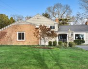 215 West Maple Street, Hinsdale image