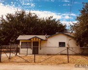 18491 Bayless, Shafter image