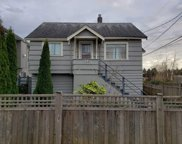 722 Ewen Avenue, New Westminster image