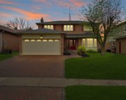 373 Selby Cres, Newmarket image