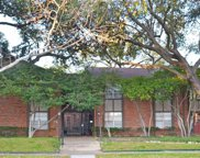4219 Avondale Avenue Unit 215, Dallas image