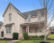 831 Dartmoor Ln, Franklin image