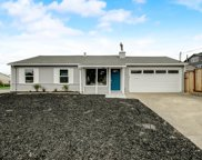 247 Avalon Dr, Pacifica image