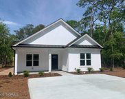 214 Ne 68th Street, Oak Island image