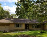 4219 Kennicott Lane, Glenview image