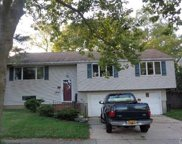 60 Ripley  Dr, Northport image